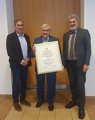 Jürgen Gülich zum Ehrenobermeister ernannt
